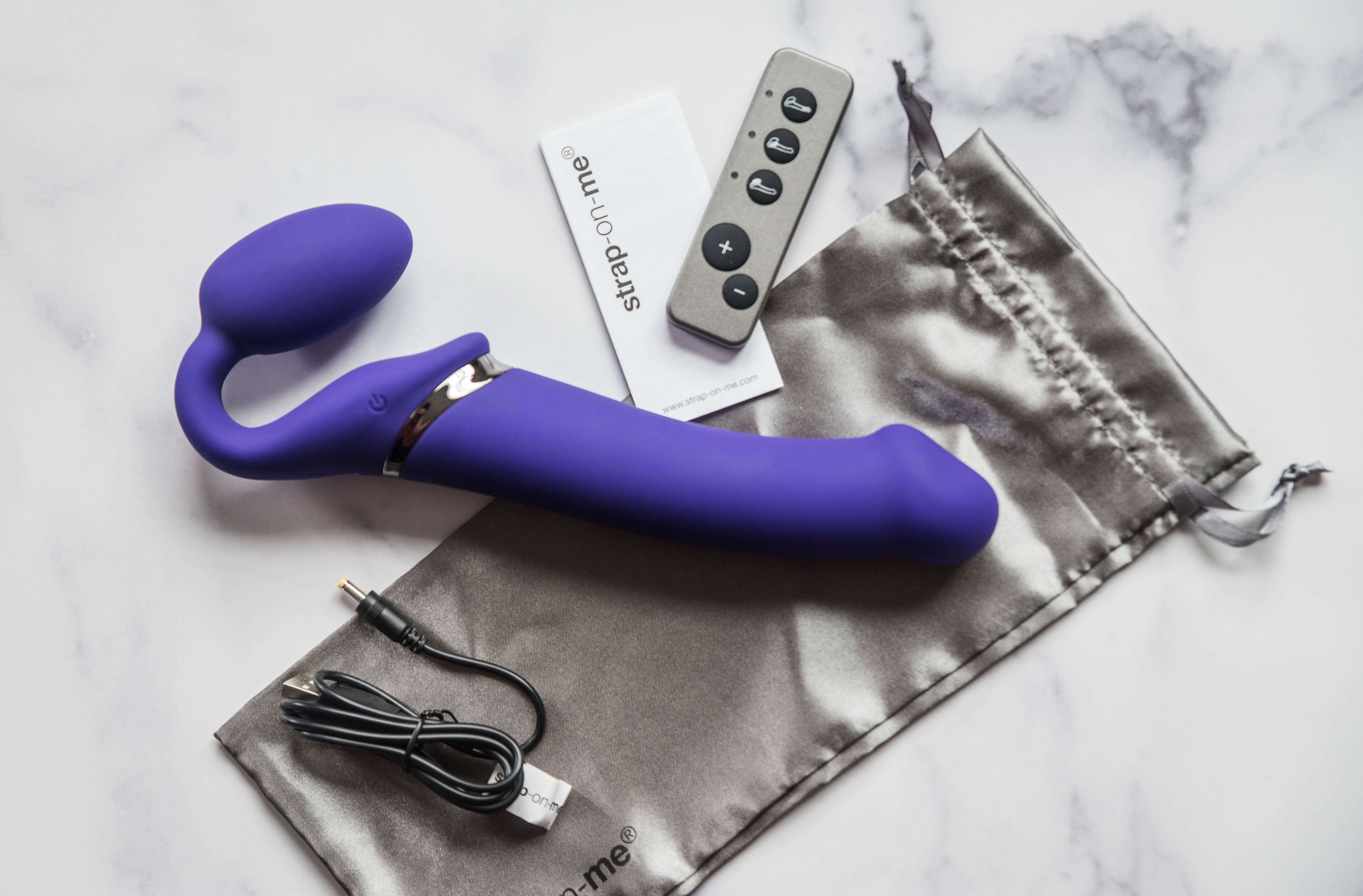 Strap-On-Me Vibrating Bendable Strapless Strap-On: Sex Toy Review