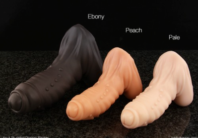Uncut Studded Dragon Packer - The Uncut Studded Dragon Packer is a packable toy produced by Bad Dragon.