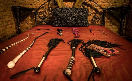 Making A Scene How To Create The Hottest Bdsm Encounters