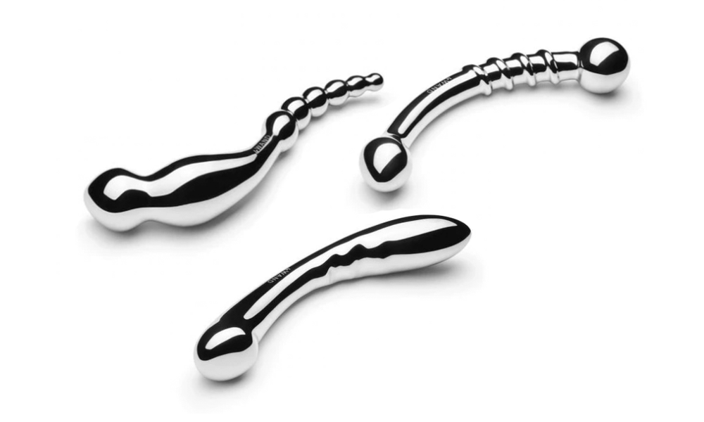 group shot of the Le Wand Arch Swerve and Bow stainless steel sex toys