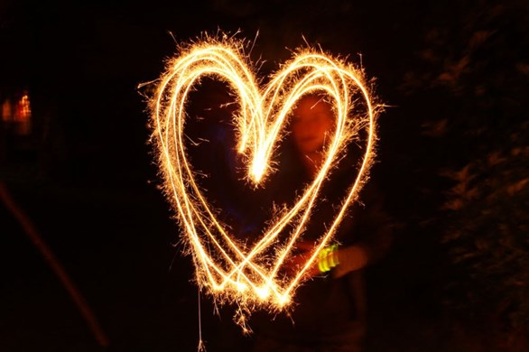 I'm All Abuzz! 4 Fun (and Unintimidating) E-stim Toys