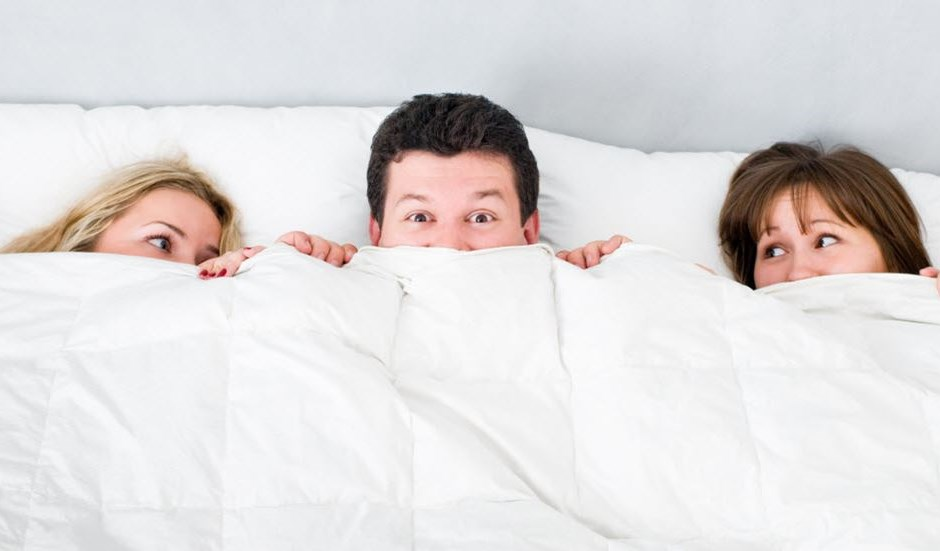 6 Rules for a Successful Threesome