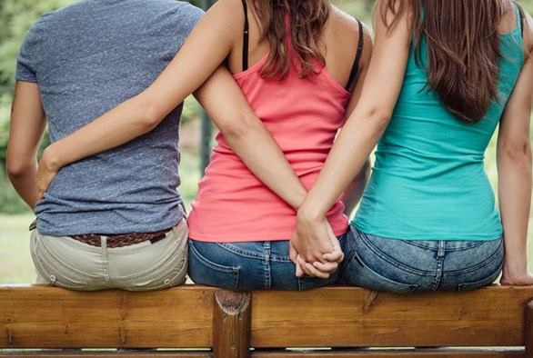 The Top 3 Things I've Learned About Navigating STIs as a Polyamorous Person