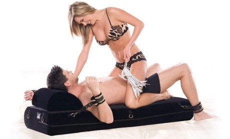 Liberator Black Label Stage System - A comfortable platform for deeper penetration and increased sensations
