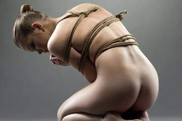 How to Choose the Right Rope for Bondage Play