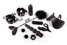 Quiz: What Kind of BDSM Play (and Toys!) Might Be Right for You