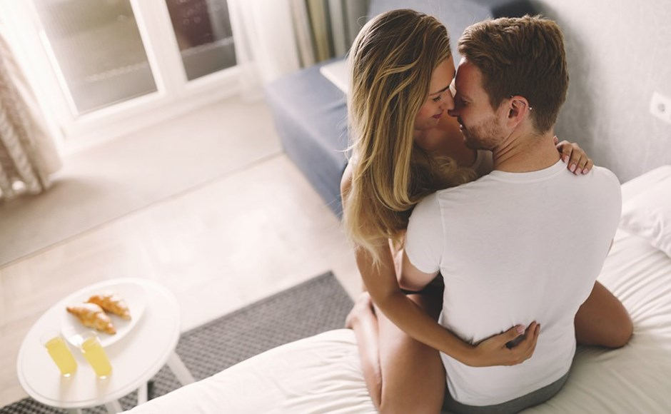The 5 Best Sex Positions to Send Your Partner to G-Spot Heaven
