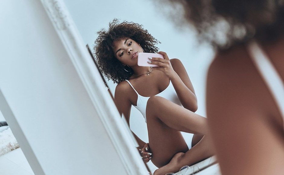An Etiquette Guide for Sending and Receiving Nudes
