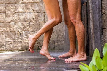 Do Swingers Have Better Sex? I Went on a Swingers' Retreat to Find Out